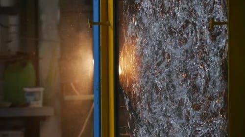 Geschlagene Glasplatte, von Stick geschlagen