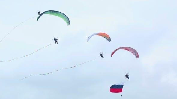 Moto Paragliders