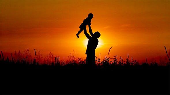 Vaterschaft bei Sonnenuntergang