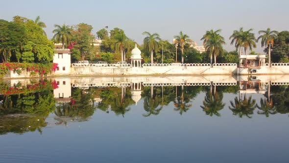 Cover Image for Pichola Lake In Udaipur India 4