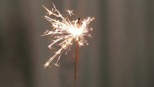 Cover Image for Sparkler Burning