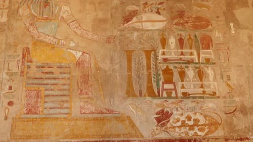 Ancient Egypt Color Images On Wall In Luxor - Tilt View