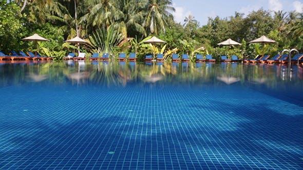 Thumbnail for Wasser in einem Schwimmen