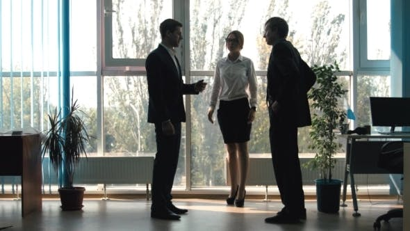 Cover Image for A Conversation Between Three Businessmen