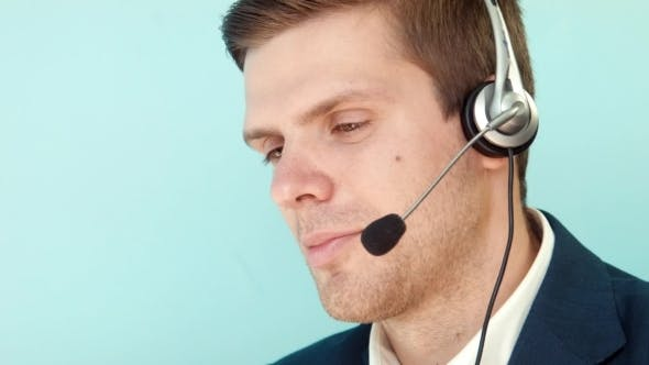 Thumbnail for Man Solves The Problem Of The Customer Call Center