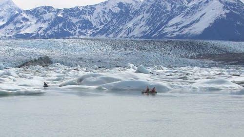 Kajakfahren mit Eisbergen und Gletscher, Alaska