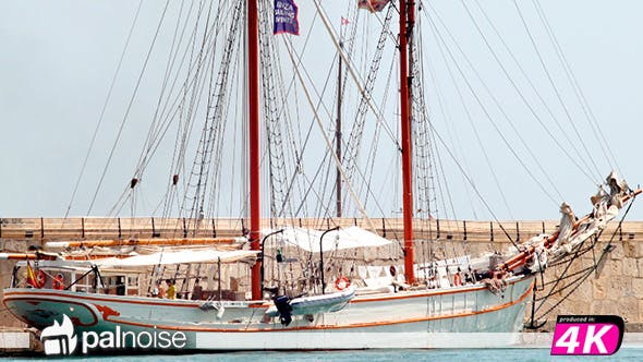 Cover Image for Sailboat Docked