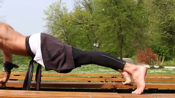 Thumbnail for Close Up Of Muscular Man Doing Push Ups On Bench 3