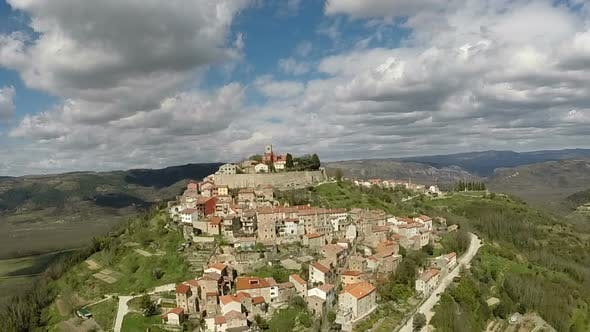 Thumbnail for Aerial View Of The Old Town Of Motovun, Croatia 2