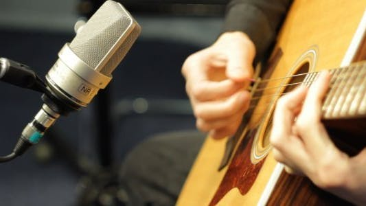 Thumbnail for Recording Acoustic Guitar in Studio