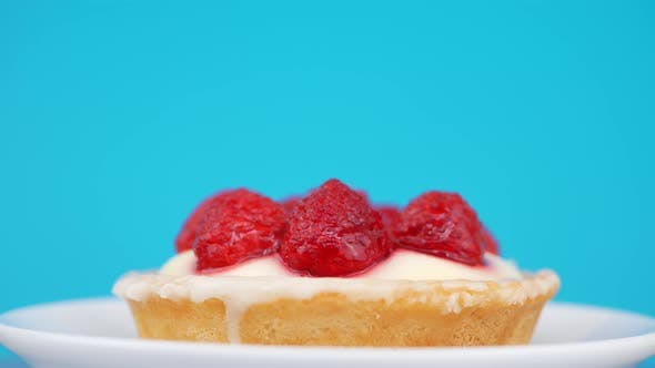 Thumbnail for Sponge Cake With Strawberry And Vanilla Cream