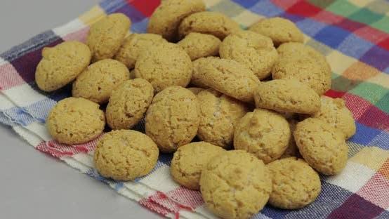 Thumbnail for Pepernoten, ein traditioneller Genuss mit dem niederländischen Urlaub Sinterklaas. Cookie