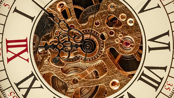 Cover Image for Spiral Clock Track Of Time
