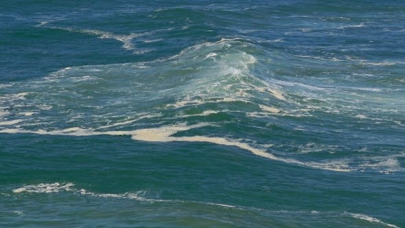 Thumbnail for Big Ocean Waves Breaking On Shore