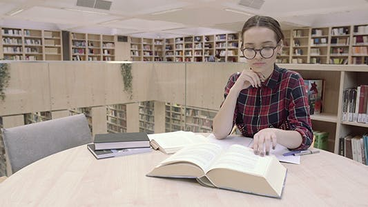 Cover Image for Science Book Reading In Library