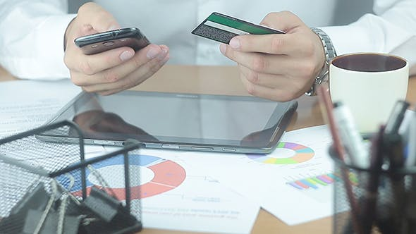 Using Credit Card and Mobile Phone For Shopping