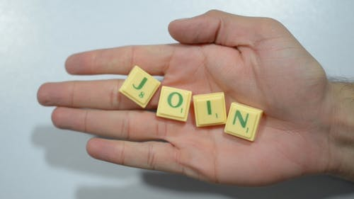 Join, Hands Offer to Work Together