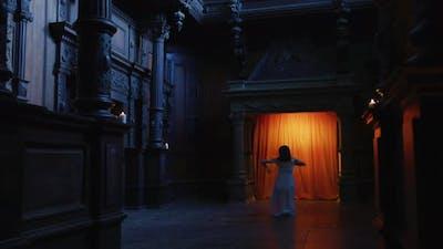 Contemporary dance inside a dark room