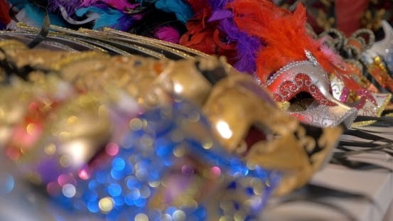 Cover Image for Colorful Venetian Masks On The Shop Counter