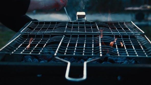 Thumbnail for Gegrilltes Schweinefleisch auf Grillrost
