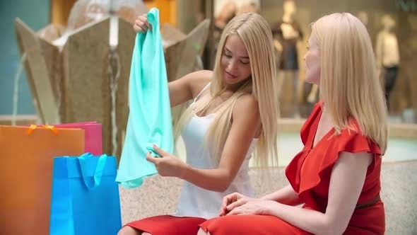 Thumbnail for Shopping with Personal Stylist