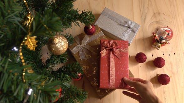 Thumbnail for Putting Christmas Gift