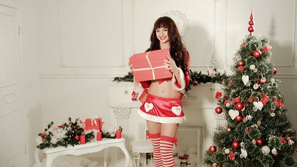 Cover Image for Sexy Girl Getting Gift