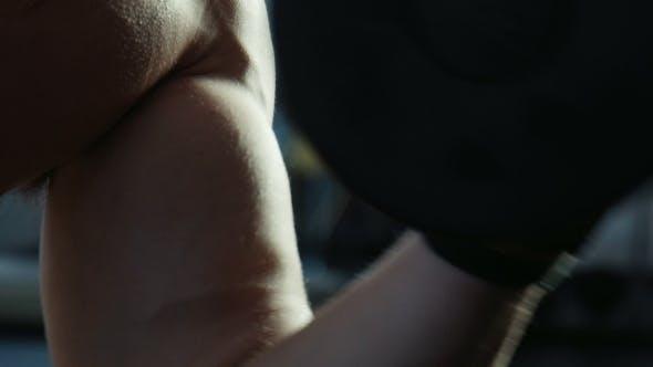 Muskuläre Hand