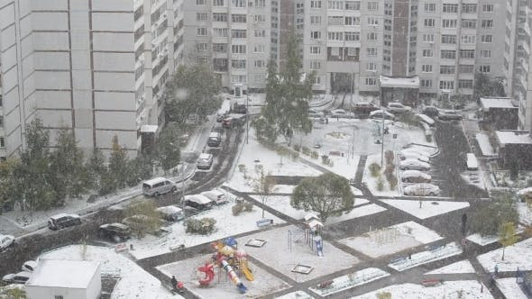 Thumbnail for Heavy Snowfall In Moscow, Russia