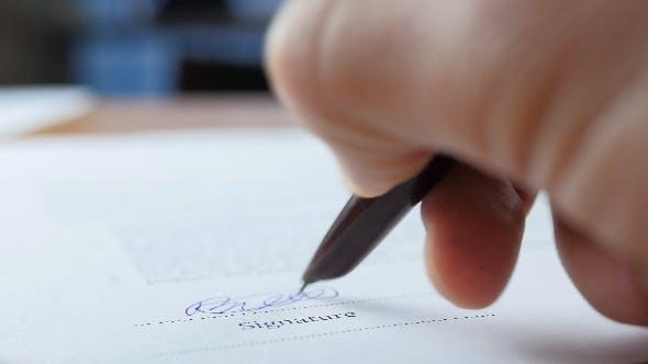 Signature Document In Office
