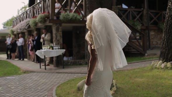Bride Comes To Groom