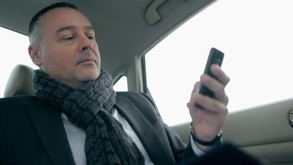 Cover Image for Businessman Waiting For Important Call