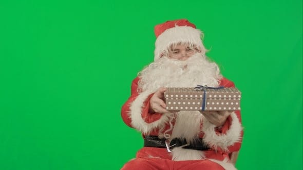 Thumbnail for Santa Claus: Cheerful Gifts On a Green Screen