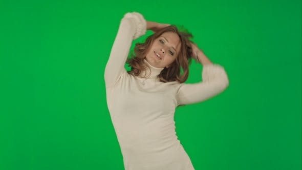 Thumbnail for Beautiful Woman Dances On a Green Screen Chrome