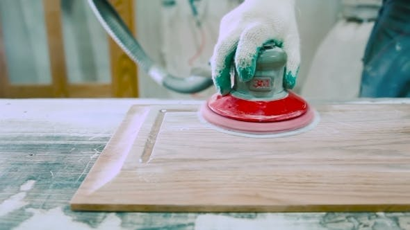 Cover Image for Polishing Sander Wood Products At The Factory