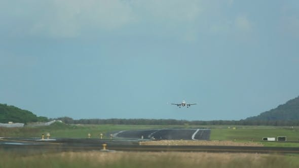 Thumbnail for Approaching And Landing