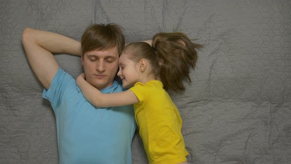Cover Image for Father And Daughter Are Resting