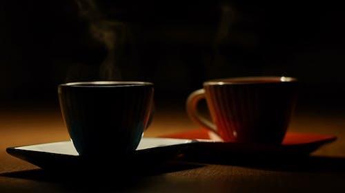 Zwei Tassen Heißer Kaffee 2