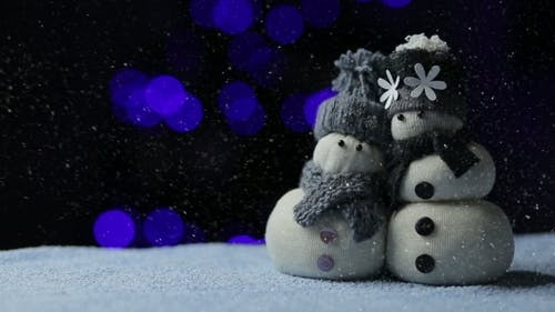 Snowmans Couple In The Snow Night