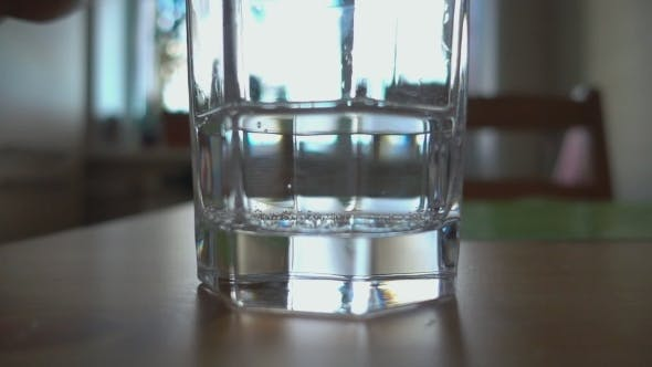 Cover Image for Sparkling Water Poured In a Glass