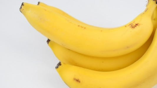Cover Image for Bananas