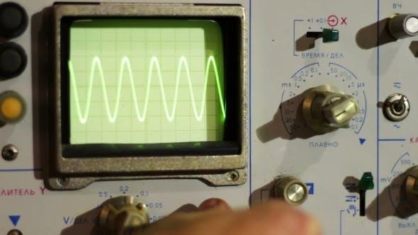 Adjusting Signal Oscilloscope