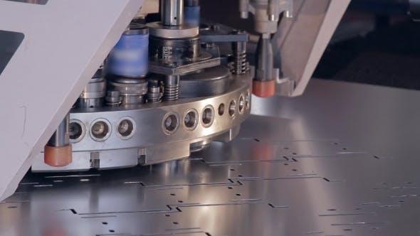 Thumbnail for Perforiermaschine Für Metall 3