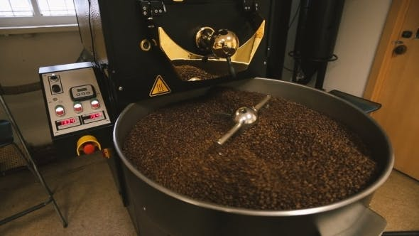 Thumbnail for Coffee Machine Mixes Coffee Beans