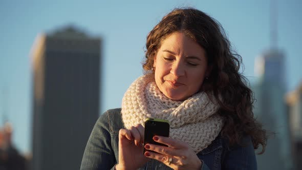 Cover Image for A Beautiful Woman Is Texting