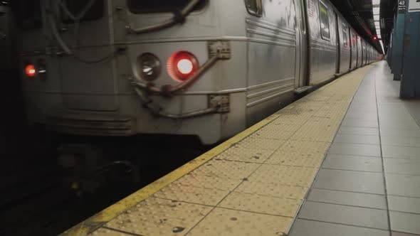 Cover Image for Views Of Subway Train In Nyc 2