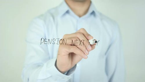 Pension Next Exit�, Writing On Screen