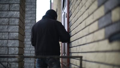 Thief Breaks Lock