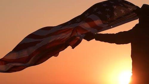 Patriote américain avec drapeau des États-Unis