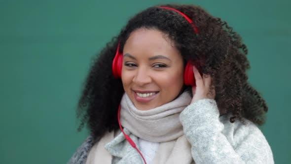 Music Woman Listen Headphone